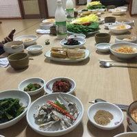 Photo taken at 연화 by Jooah S. on 11/18/2015
