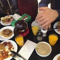 Photo taken at Armani Café | کافه آرمانی by kamran b. on 2/18/2016