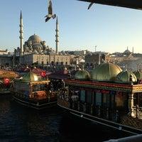 2/24/2013 tarihinde İlhan V.ziyaretçi tarafından Tarihi Eminönü Balık Ekmek'de çekilen fotoğraf