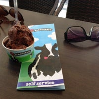Photo taken at Ben & Jerry's by Magdalena B. on 9/12/2013