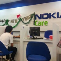 Photo taken at Nokia Care by Je veux D. on 2/3/2013