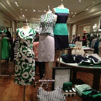 Photo taken at Banana Republic by cricketboy on 6/15/2013