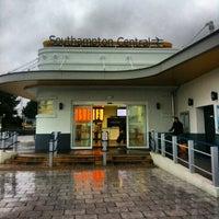 Photo taken at Southampton Central Railway Station (SOU) by Víctor Manuel M. on 12/28/2012