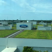 Photo taken at Ford River Rouge Factory Tour by Zili Q. on 8/24/2017