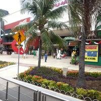 Foto scattata a Plaza Mayafair da Ady il 9/24/2012