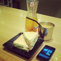 Photo taken at Xin Wang Hong Kong Cafe @ Vincom by Gwen G. on 2/19/2013