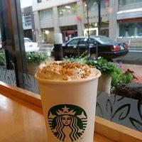Photo taken at Starbucks by ふーみん ザ. on 9/3/2013