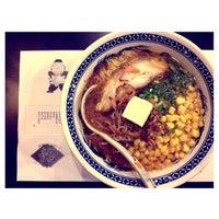 Photo taken at Ukokkei Ramen Ron by Eryk R. on 9/9/2013