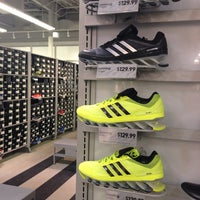 adidas outlet kittery