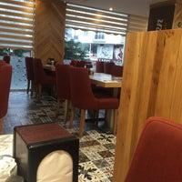 10/1/2017 tarihinde Mustafa D.ziyaretçi tarafından ARDEN Cafe & Restaurant'de çekilen fotoğraf