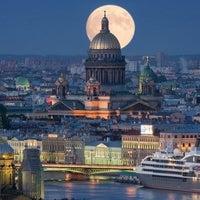 Das Foto wurde bei Saint Isaac's Cathedral von Сергей Я. am 6/27/2013 aufgenommen