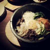 Photo taken at Yoshi Sushi by John Chang Young K. on 4/17/2013