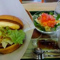 Photo taken at モスバーガー 嵐山バイパス店 by オッサン V. on 3/26/2016