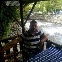 Photo taken at yeşil vadi balıkçı by Yusuf U. on 5/19/2015