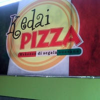 Photo taken at Kedai pizza by Hellen on 11/17/2012