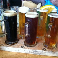 Photo taken at Oak Creek Brewery And Grill by Elise G. on 7/27/2013