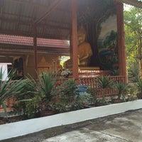 Photo taken at วัดป่าเพิ่มพูล ลำปาง by Y🤔 on 12/27/2015