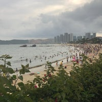 Photo taken at 小徑灣海灘 xiaojing bay beach by Ruby R. on 6/5/2017