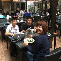 Photo taken at 汉永酒店 Hanyong Hotel by Kitti P. on 4/21/2017