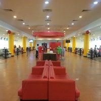 Das Foto wurde bei Melaka International Bowling Centre (MIBC) von Sahrulnizam S. am 2/22/2013 aufgenommen