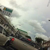 Photo taken at Chakkraphatdiphong Intersection by Oakclub T. on 6/24/2016