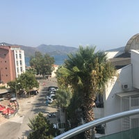 Photo taken at Cihan Türk Hotel by Omer Schen on 8/30/2017