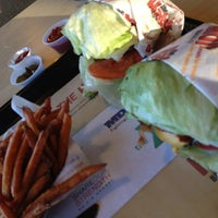 Photo taken at The Habit Burger Grill by David Oneal on 10/28/2012