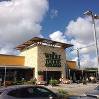 Снимок сделан в Whole Foods Market пользователем Andy M. 6/16/2013