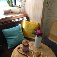 Foto tirada no(a) MOLOKO Bar por Lily em 8/16/2018