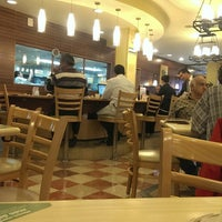 Photo taken at Vips by Carlitos A. on 11/16/2013