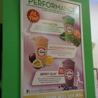 Photo taken at Robeks Fresh Juices & Smoothies by Dave D. on 7/23/2013