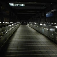 Photo taken at 希望の橋 (ブリッジ渋谷21) セルリアンタワー前歩道橋 by Woody L. on 8/18/2017