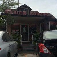 Photo taken at Rabika Coffee by Daow Ja D. on 9/21/2014