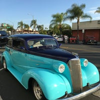 Photo taken at Cruisin' Grand by Kim D. on 6/11/2016