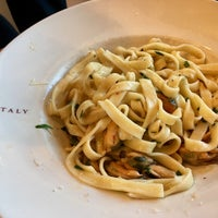 Photo taken at La Pizza & La Pasta @ Eataly by dawn.in.newyork on 6/9/2017