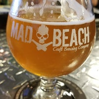 Photo taken at Mad Beach Craft Brewing Company by Kansas R. on 2/3/2018