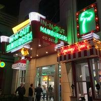 11/10/2017 tarihinde Yu B.ziyaretçi tarafından In-N-Out Burger'de çekilen fotoğraf