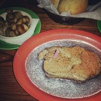 2/19/2013 tarihinde Sasha Jziyaretçi tarafından All American Steakhouse'de çekilen fotoğraf
