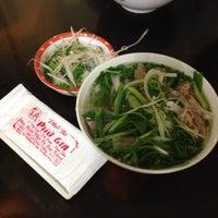 Photo taken at Phở Phú Gia by Ming N. on 1/12/2014