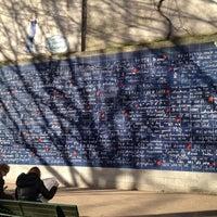 """Photo prise au Le Mur des """"Je t'aime"""" par Isaac C. le12/29/2012"""