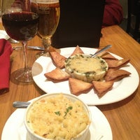 Photo taken at Mosaic Restaurant & Lounge - Four Points By Sheraton by Princess Susannah G. on 1/4/2013