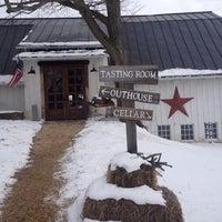 Photo taken at Hunter's Run Wine Barn by Linda H. on 1/25/2014