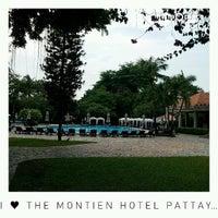 Photo taken at The Montien Pattaya by Naratip N. on 4/14/2015