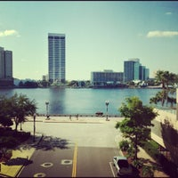 Photo taken at Hyatt Regency Jacksonville Riverfront by Eric L. on 10/12/2012
