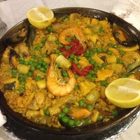 Foto tomada en Restaurante Bar León por tamori el 9/13/2014