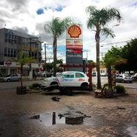 Photo taken at Posto Mendes (Shell) by Rafael T. on 4/14/2014