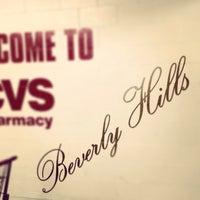 Photo prise au CVS/pharmacy par Jon Paul P. le2/24/2014