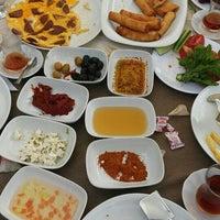 Photo taken at Fesleğen Kır Bahçesi by Emrah Ö. on 6/16/2015