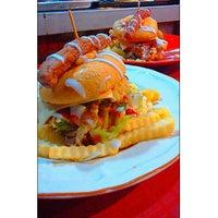 Photo taken at IAN's Burger Bakaq by Umrah S. on 4/17/2015