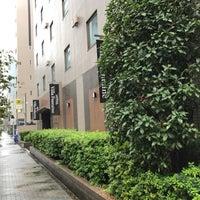 Photo taken at Hotel Villa Fontaine Tokyo-Nihombashi Hakozaki by 은영 최. on 10/21/2017